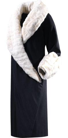 Balenciaga -Coat in black wool and ermine fur  1927 Ca.