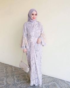 17 New Ideas For Dress Party Muslim Ball Gowns Kebaya Modern Dress, Kebaya Dress, Dress Pesta, Dress Muslim Modern, Kebaya Hijab, Dress Brukat, Dress Outfits, Lace Dress, Hijab Gown