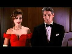 A classic scene featuring Richard Gere and Julia Roberts. Richard Gere, Julia Roberts, 2 Movie, Love Movie, Pretty Woman Movie, Best Romantic Movies, Pretty Necklaces, Pearl Necklaces, Movie Couples