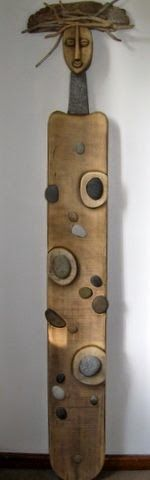 Upcycle, recycle beach stones, wood, found objects from the beach - From fab blog Art Propelled: STRANDLOPER