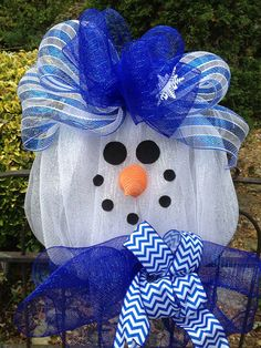 Mesh snowman Christmas wreath by shutthefrontdoor2 on Etsy, $60.00