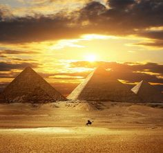 The Great Pyramid of Giza - 20 sights that will remind you how incredible Earth is (Part 2)