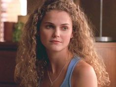 Pin for Later: 18 Stars Who Reinvented Themselves on the Small Screen Keri Russell Russell won a Golden Globe in 1999 for her portrayal of Felicity, a young woman who begins a journey of self-discovery after graduating high school. Keri Russell Hair, Russell Young, Felicity Hair, Latest Hairstyles, Cool Hairstyles, Hairstyle Ideas, Hair Inspo, Hair Inspiration, Curly Hair Styles