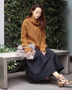 ✔️RECOMMEND ITEM . デザインケーブルニットプルオーバー ¥7,400(+tax) ボリュームフレアスカート ¥6,300(+tax) クラッシュベロアブーツ ¥12,500→50%OFF ¥6,250(+tax) 発売中 . @murua_kaori coordinate.(160㎝) #murua#2016awmurua#knit#skirt#fashion#coordinate#RCTL#160cm