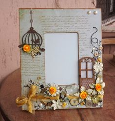Fashion and Lifestyle Diy And Crafts, Arts And Crafts, Paper Crafts, Decoupage, Craft Projects, Projects To Try, Diy Y Manualidades, Little Presents, Frame Crafts