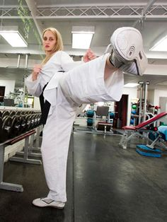 "Carmen Morton will represent Australia in London in her sport of taekwondo. In her ""spare"" time she studies Bachelor of Exercise and Sports Science at Deakin."