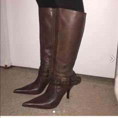 flash saleSteve Madden heeled boots New Steve Madden leather knee boots .. Worn once .. Mint condition Steve Madden Shoes Heeled Boots