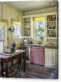 farmhouse kitchen Wooden Table Print featuring the photograph Cross Creek Country Kitchen by Lynn… # Country Chic Decor, Home, Vintage Kitchen, Kitchen Remodel, Kitchen Decor, Country Kitchen, Home Kitchens, Old Country Kitchens, Shabby Chic Kitchen