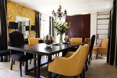 Moorgas & Sons:  Dining Room table design & colour