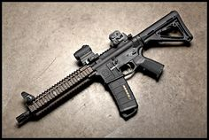 Magpul MK18 (Photo by Stickgunner). We can build an identical replica rifle for training with airsoft.