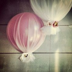 Balloons & Tulle
