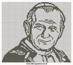 Hobby lavori femminili - ricamo - uncinetto - maglia: Giovanni Paolo II punto croce filet