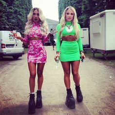 @rebeccafiona | Ready for #bigslapfestival in full @freakcityla gear! #alien #rebecca #music #djs #femaledjs #style #edm #buffaloshoes #platform #musculargirl #fit