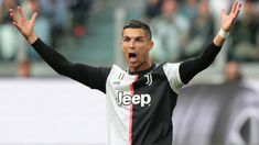 The best top 10 best football strikers in the world in 2020. Christiano Ronaldo top in the list with incredible number of goals. Penalty Shoot Out, Penalty Shot, Cristiano Ronaldo, Ronaldo Cr7, Champions League, Ronaldo Real Madrid, Free Football, New Champion, Stay Fit