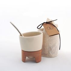 Clay Mugs, Art N Craft, Ceramic Design, Painting On Wood, Cute Gifts, Porcelain, Pottery, Diy Crafts, Tea