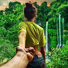 Las fotografías de Murad Osmann y su increíble novia a la que sigue por todo el mundo