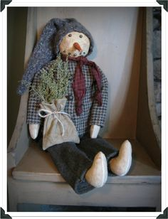 Free pattern and tutorial to make this snowman and a lot of other prim tutorials for everyday use.