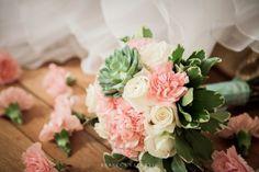 5 fleurs pour un bouquet de mariée en été