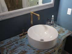 The old and the new - A Hatmaker Home Renovation on HGTV