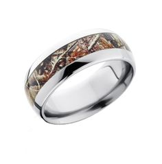This is a kick-ass camo ring! Beveled edges with Realtree or Mossy Oak camo in Black Zirconium. Real Tree Camouflage, Camouflage Wedding, Camo Wedding Bands, Wedding Ring For Her, Dream Wedding, Camo Rings, Traditional Wedding Rings, Thing 1, Titanium Rings