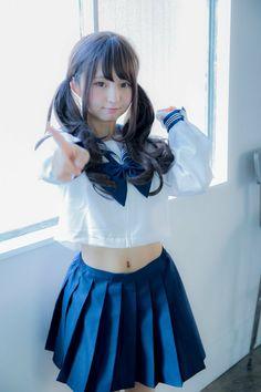 School Girl Japan, School Uniform Girls, Girls Uniforms, Japan Girl, Beautiful Japanese Girl, Beautiful Asian Women, Hot Japanese Girls, Cute Asian Girls, Cute Girls