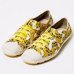 Banana~Banana's shoes
