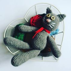 Kot Bury w nowym wpisie na blogu  #kot #szydelko #zabawka #cat #toy #amicrafts #crochet #crochettoy #forkids #gift #GawraStefana