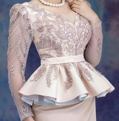 Lace Dress Styles, African Lace Dresses, African Lace Styles, Royal Dresses, Latest African Fashion Dresses, Satin Dresses, Traditional Fashion, Traditional Dresses, Caftan Dress