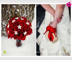 Czerwone buty do ślubu i biało-czerwony bukiet ślubny