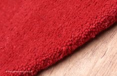 Home Comfort Plain Scarlet Oval Wool Rug Oval Rugs, Rug Texture, Circle Rug, Home Comforts, Red Rugs, Scarlet, Different Colors, Pure Products, Wool