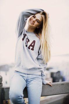 Brandy ♥ Melville | Erica USA Sweatshirt - Graphics