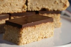 Flapjack bars with condensed milk and Golden Syrup - yum! Milk Recipes, Baking Recipes, Sweet Recipes, Bar Recipes, Pudding Recipes, Baking Ideas, Recipies, Chocolate Flapjacks, Kitchens