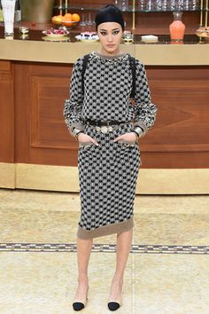 Chanel Fall 2015 Ready-to-Wear Fashion Show: Complete Collection - Style.com