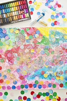 Confetti Glitter Art Project for Kids. Celebrate New Year with this sparkly glitter art. Toddler Art Projects, Projects For Kids, Diy For Kids, Crafts For Kids, Glitter Kunst, Glitter Art, New Year's Crafts, Fun Crafts, Art Activities For Kids