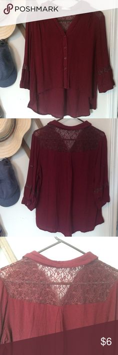 Blouse with lace detail Flattering top from A'gaci with lace detail on back and sleeves☺️ a'gaci Tops Blouses