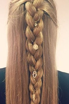 Top 60 All the Rage Looks with Long Box Braids - Hairstyles Trends Big Box Braids Hairstyles, Braided Hairstyles Tutorials, Fancy Hairstyles, Trending Hairstyles, Teenage Hairstyles, Diy Mode, Natural Hair Styles, Long Hair Styles, Cool Haircuts