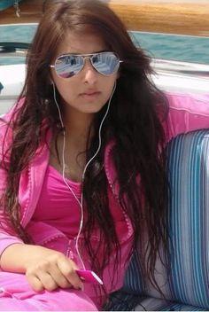 Shaikha bint Mohammed bin Rashid Al Maktoum Princess Haya, Mirrored Sunglasses, Sunglasses Women, Salama, New Street Style, Arabian Beauty, Eliza Taylor, Trending Now, Celebs