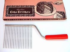 Vintage cake breaker mint in box c.1930 - 1940's
