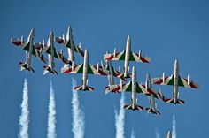 AIRSHOW NEWS: Italians in Air Tattoo Show of Force   http://www.bada-uk.com/2014/04/airshow-news-italians-in-air-tattoo-show-of-force/