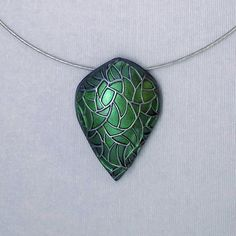 Green Dragon Teardrop Polymer Clay Pendants Necklace by HMArtwares Polymer Clay Pendant, Clay Beads, Polymer Clay Jewelry, Lovely Tutorials, Clay Tutorials, Pendant Design, Polymer Clay Creations, Metal Clay, Clay Crafts