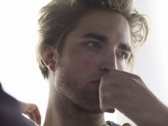 If my husband ever leaves me Robert Pattinson better go into hiding... LOL!