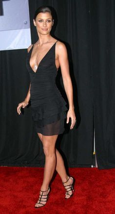 Photos of Sexy and Nude Bridget Moynahan. Bridget Moynahan is an American model and actress with perfect body and amazing face. In Bridget Moynahan began Beautiful Celebrities, Beautiful Actresses, Beautiful Legs, Gorgeous Women, Stunningly Beautiful, Sexy Dresses, Nice Dresses, Bridget Moynahan, Hot Brunette