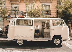 Para tu boda Hippy una furgoneta blanca! #bodas #novios #cochesdeboda