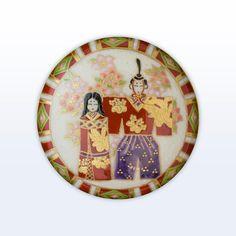 立雛桃の絵菱紋(薩摩ボタン) 薩摩在幕末為了籌措軍費而開創的貿易商品。