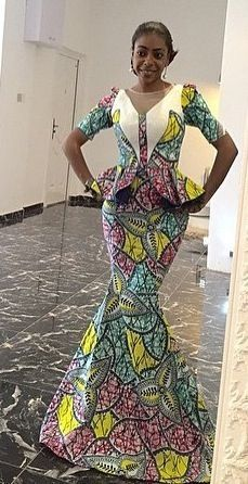 I am so loving the styles below, thedesigns are so rich!!   A great Sunday to y'all.