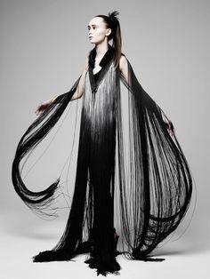 Fall/Winter 2012 collection from London-based Eleanor Amoroso - Dark fashion gothic bohemian chic Weird Fashion, Dark Fashion, Fashion Art, Editorial Fashion, High Fashion, Fashion Design, Fashion Trends, Dolly Fashion, Gothic Fashion