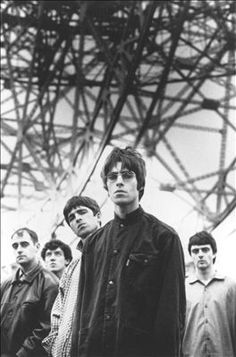 Oasis: Paul Arthurs, Tony McCarroll, Noel Gallagher, Liam Gallagher and Paul McGuigan, Oasis Band, Musica Oasis, Band Pictures, Rock Band Photos, Culture Pop, Band Photography, Britpop, Wonderwall, Forever