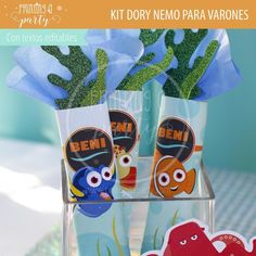 Muchas ideas para decorar tu fiesta de Dory y Nemo con estas decoraciones para imprimir y armar. Recibí tu kit en tu mail, imprimí y decorá. Nemo Y Dory, Voss Bottle, Water Bottle, Party Printables, Invitation Cards, Tags, Decorations, Invitations, Water Bottles