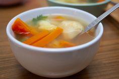 A januári nagy hidegben nincs is jobb egy forró zöldséglevesnél - főleg, ha még gyorsan el is készül. Zöldséglevest főzni a világ legegyszerűbb dolga, se sok időt, se sok energiát nem kell rászánni.Ez tényleg nem egy komplikált recept: a zöldségeket meghámozzuk, összevágjuk, felöntjük vízzel és… Cantaloupe, Soup, Cheese, Fruit, Ethnic Recipes, Soups