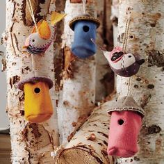 Kids Ornaments: Bird and Birdhouse Tree Ornaments in Holiday Décor